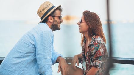 3 τρόποι για να σε προσεγγίζουν και φλερτάρουν περισσότερο, Πως να φλερτάρεις με αυτοπεποίθηση