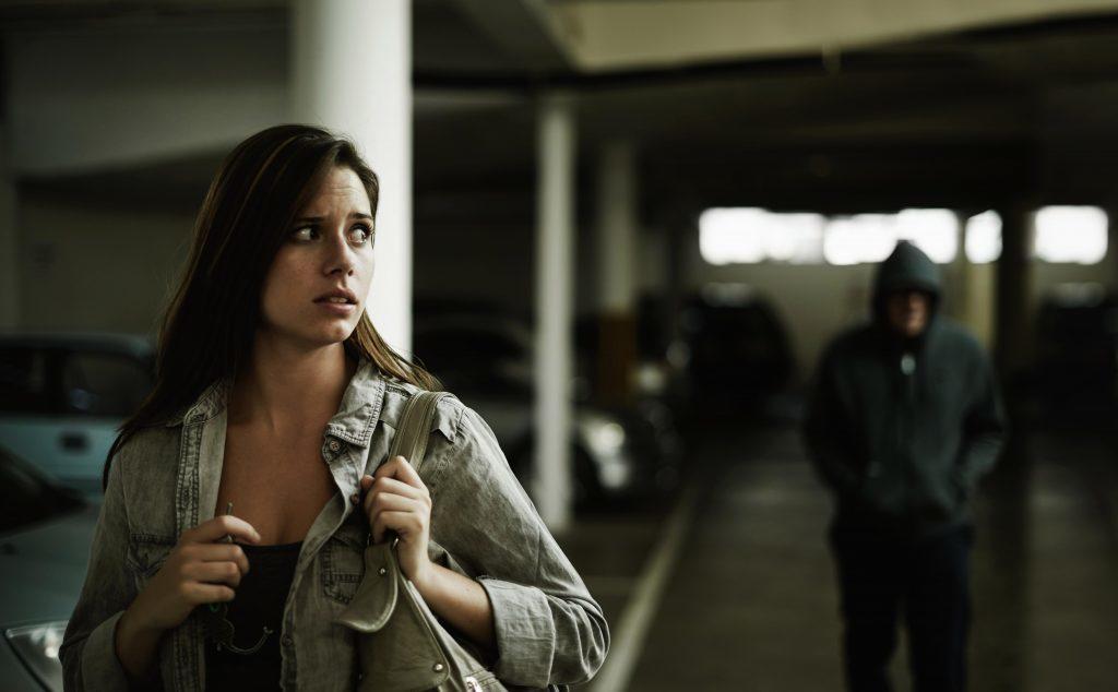 Αυτοάμυνα για Γυναίκες: Απλές και Πρακτικές Συμβουλές για Προστασία