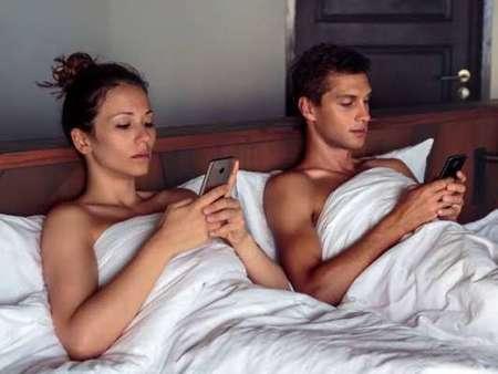 Μην αφήσεις τα Social Media να καταστρέψουν την ερωτική σου ζωή