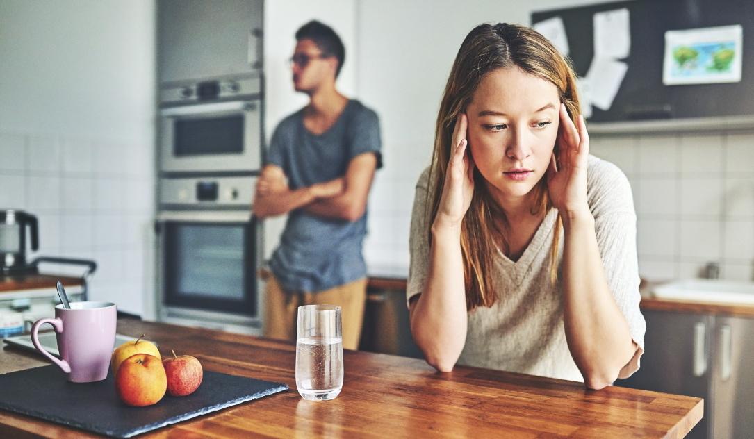 Πως να είσαι περισσότερο συναισθηματικά διαθέσιμη στη σχέση