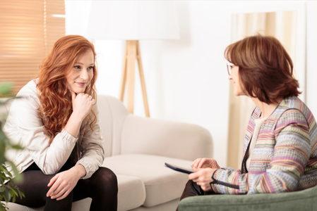 Επίσκεψη σε Ψυχολόγο: Αμφιβολίες και Φόβοι, Πώς να μεγαλώσεις ένα δυναμικό κορίτσι