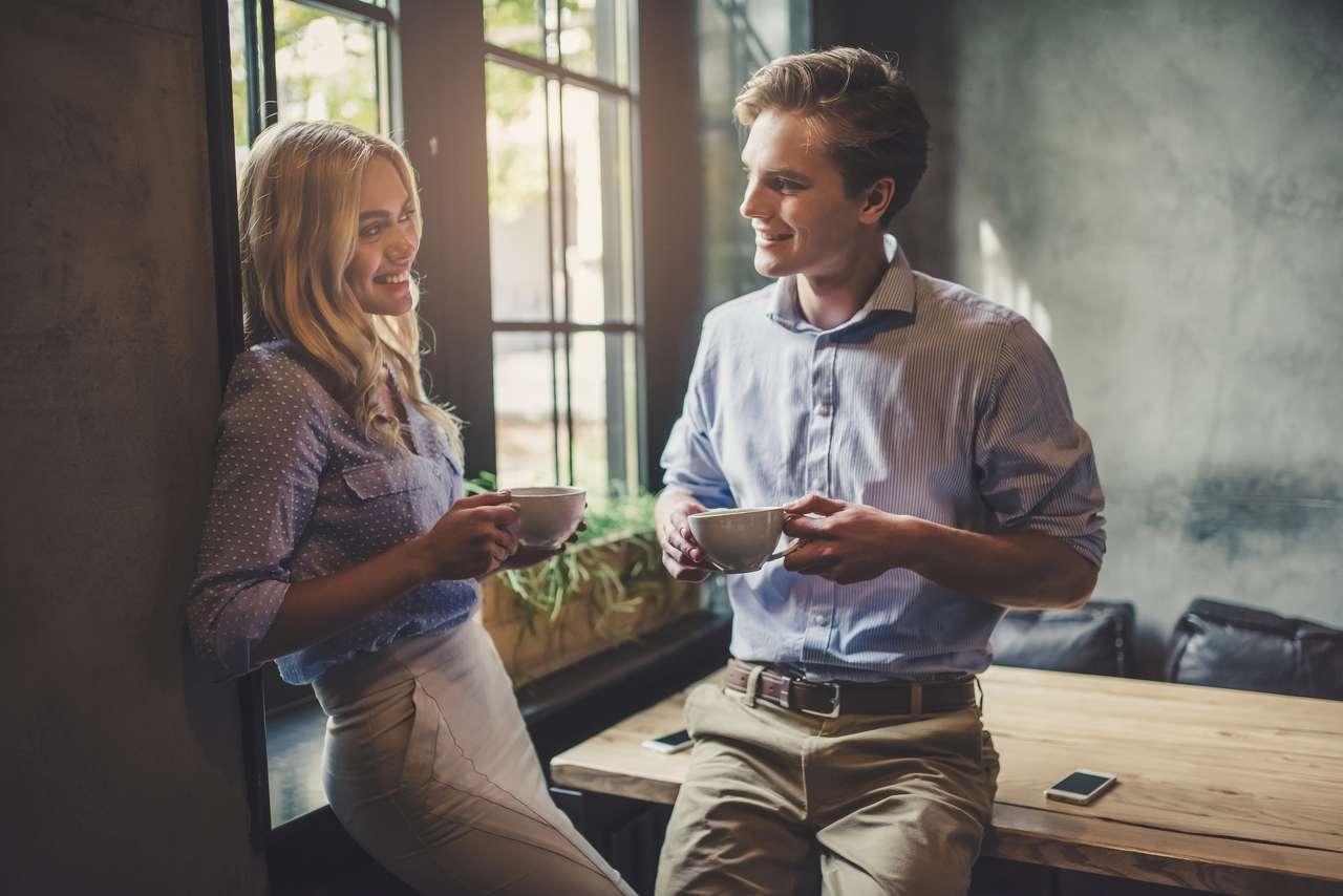 Πως να φλερτάρεις με αυτοπεποίθηση, Πως να ξεκινήσεις συζήτηση με ένα άτομο που σε ενδιαφέρει